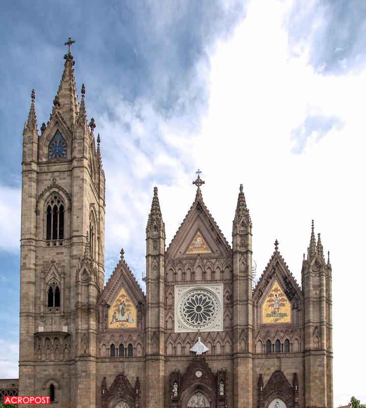 templo-expiatorio-expiatory-church-guadalajara-mexico-neo-gothic-architecture-5